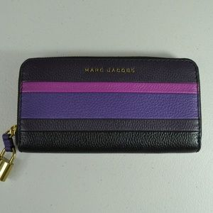 NWOT Marc Jacobs Purple Zip Wallet